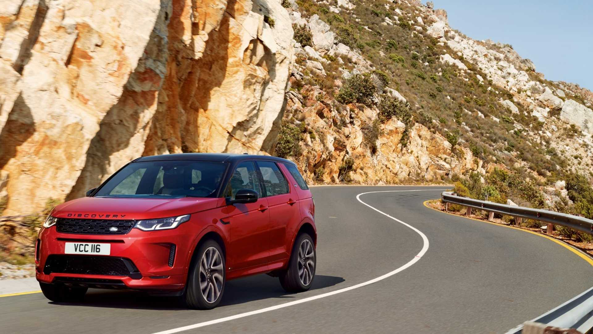2020 Land Rover Discovery Sport Front Three-Quarter Wallpaper (7)