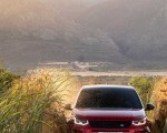 2020 Land Rover Discovery Sport Front Wallpaper 150x120 (29)