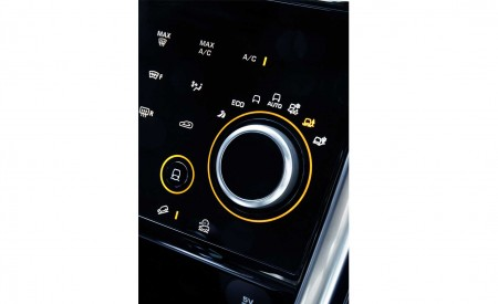 2020 Land Rover Discovery Sport Interior Detail Wallpaper 450x275 (54)