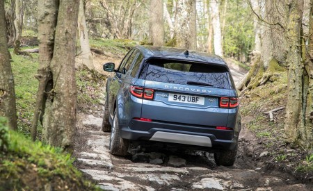 2020 Land Rover Discovery Sport Off-Road Wallpapers 450x275 (34)