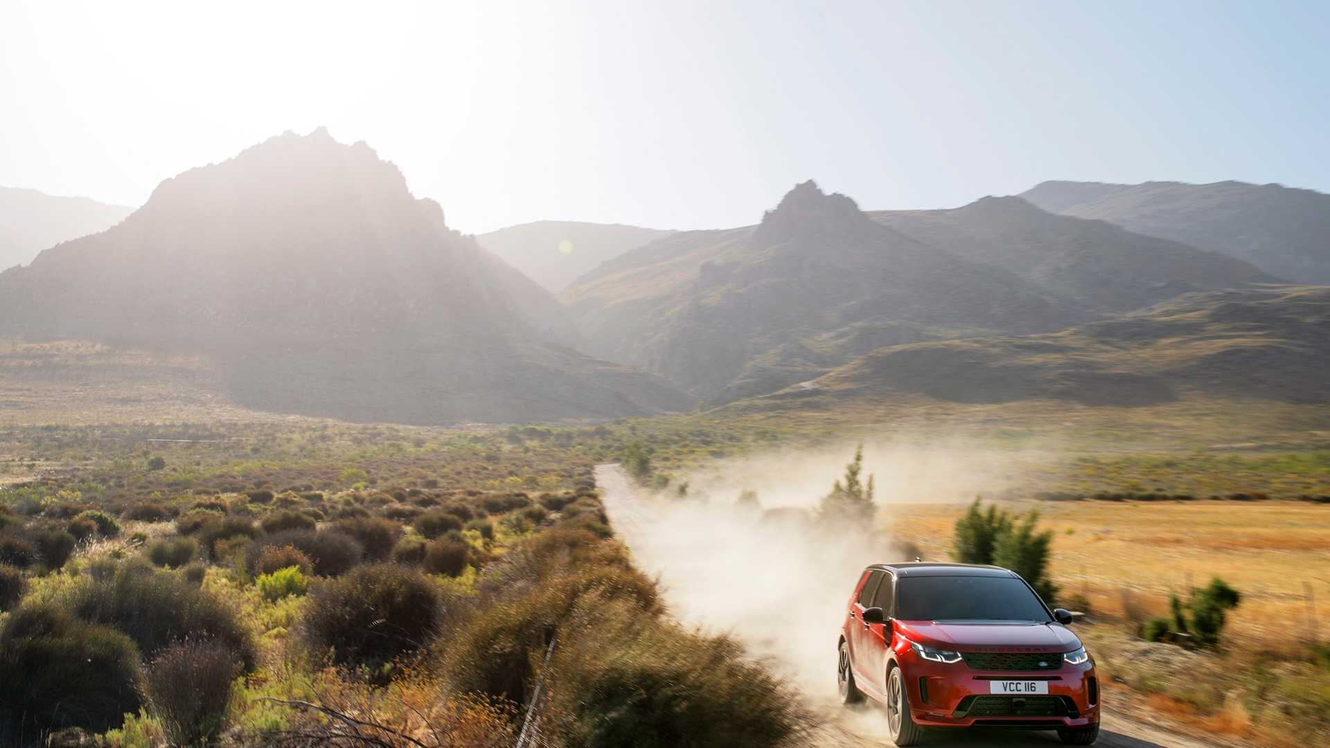 2020 Land Rover Discovery Sport Off-Road Wallpaper (15)