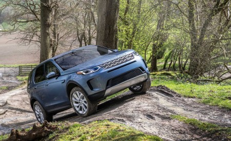 2020 Land Rover Discovery Sport Off-Road Wallpapers 450x275 (38)