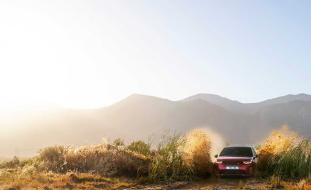 2020 Land Rover Discovery Sport Off-Road Wallpaper 450x275 (18)