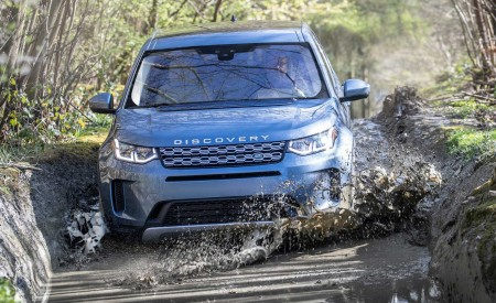 2020 Land Rover Discovery Sport Off-Road Wallpapers 450x275 (39)
