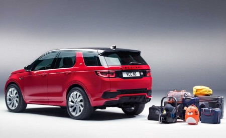2020 Land Rover Discovery Sport Rear Three-Quarter Wallpaper 450x275 (55)