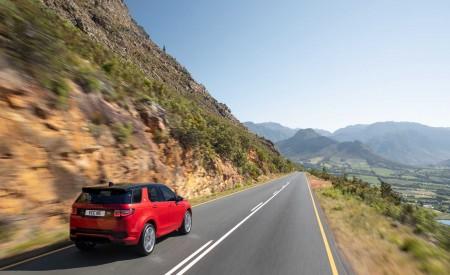 2020 Land Rover Discovery Sport Rear Three-Quarter Wallpaper 450x275 (10)