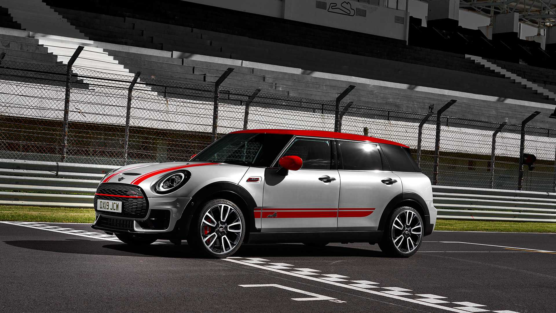 2020 MINI Clubman John Cooper Works Front Three-Quarter Wallpapers #14 of 47