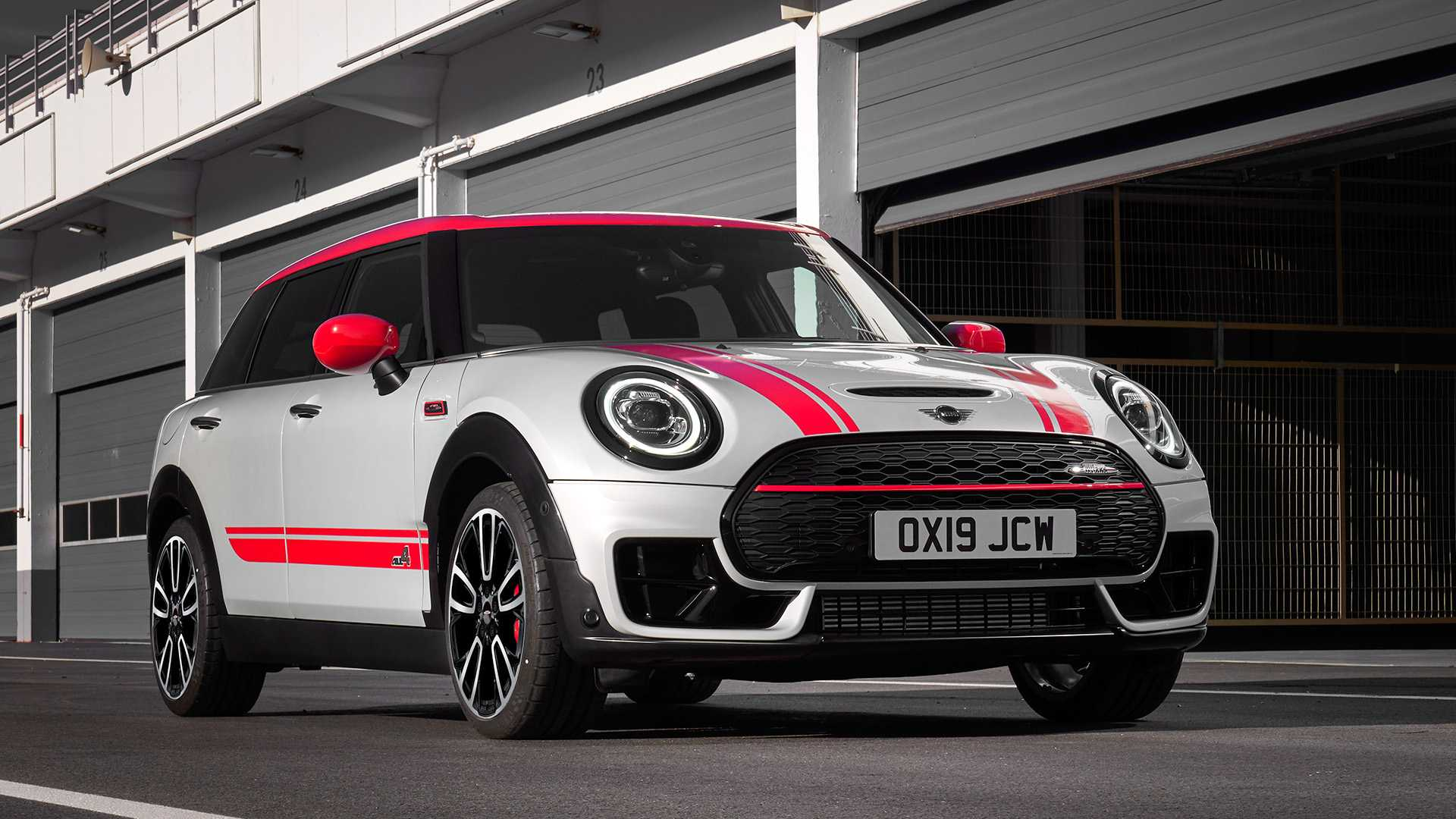 2020 MINI Clubman John Cooper Works Front Three-Quarter Wallpapers (15)