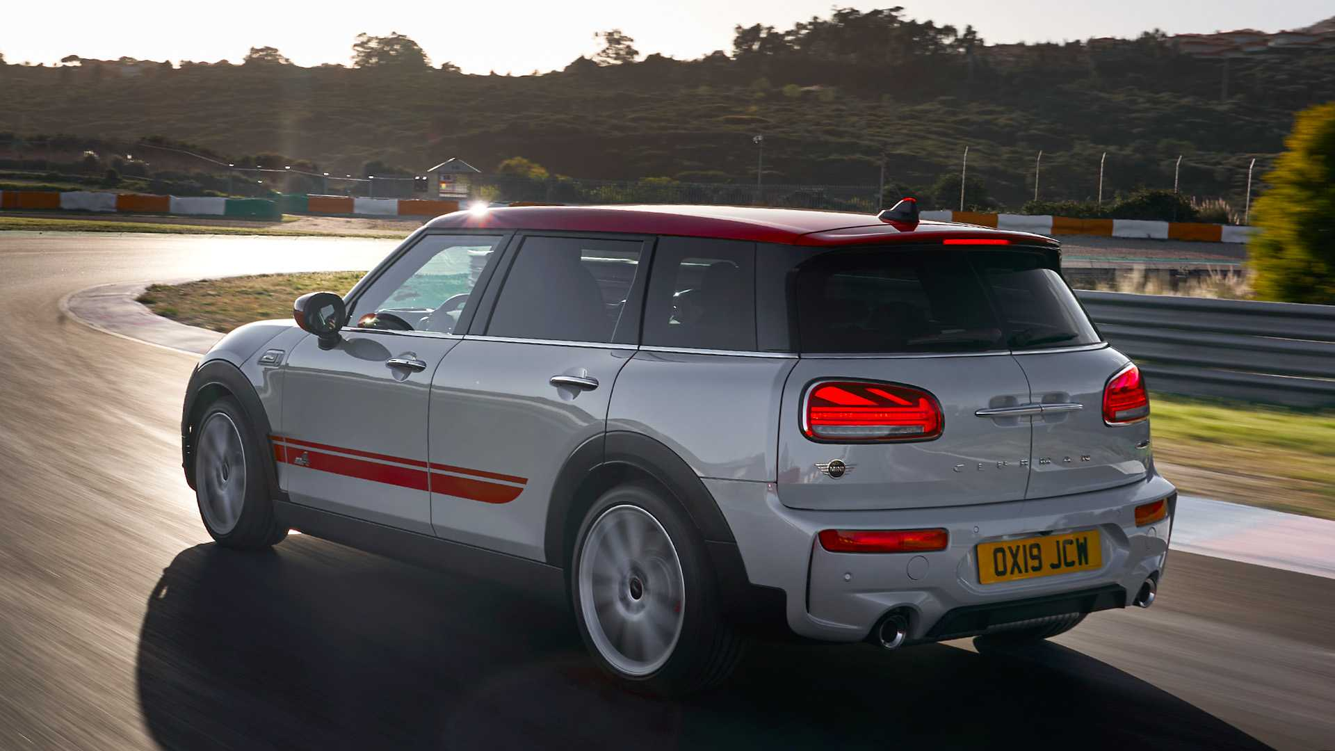 2020 MINI Clubman John Cooper Works Rear Three-Quarter Wallpapers #3 of 47