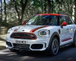 2020 MINI Countryman John Cooper Works Front Three-Quarter Wallpapers 150x120 (3)