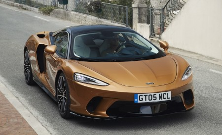 2020 McLaren GT (Color: Burnished Copper) Front Three-Quarter Wallpapers 450x275 (48)