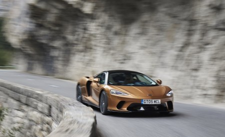 2020 McLaren GT (Color: Burnished Copper) Front Three-Quarter Wallpapers 450x275 (30)