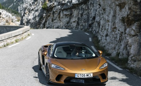 2020 McLaren GT (Color: Burnished Copper) Front Wallpapers 450x275 (40)