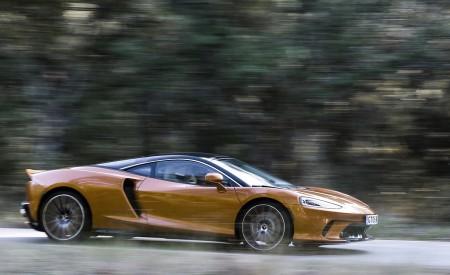 2020 McLaren GT (Color: Burnished Copper) Side Wallpapers 450x275 (44)