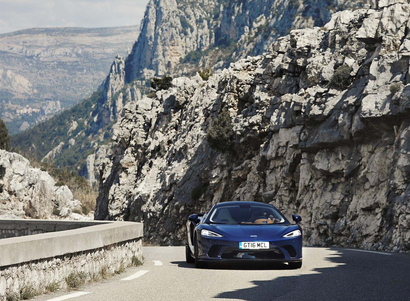 2020 McLaren GT (Color: Namaka Blue) Front Wallpapers (10)