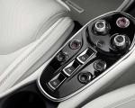 2020 McLaren GT Interior Detail Wallpaper 150x120 (25)