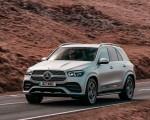 2020 Mercedes-Benz GLE 300d (UK-Spec) Front Three-Quarter Wallpapers 150x120 (13)