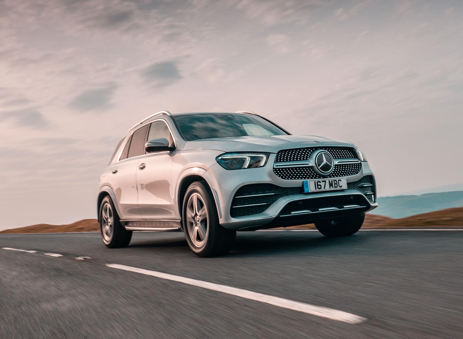 2020 Mercedes-Benz GLE 300d (UK-Spec) Front Three-Quarter Wallpapers (2)