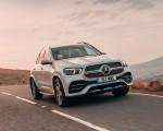 2020 Mercedes-Benz GLE 300d (UK-Spec) Front Three-Quarter Wallpapers 150x120 (3)