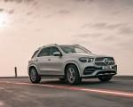 2020 Mercedes-Benz GLE 300d (UK-Spec) Front Three-Quarter Wallpapers 150x120 (4)