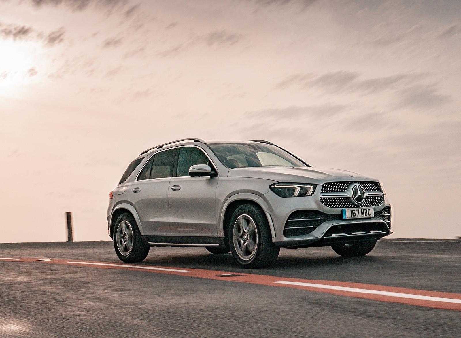 2020 Mercedes-Benz GLE 300d (UK-Spec) Front Three-Quarter Wallpapers (4)
