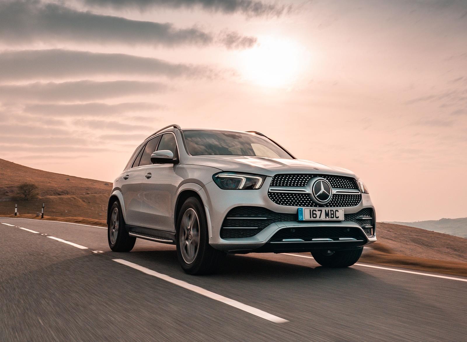 2020 Mercedes-Benz GLE 300d (UK-Spec) Front Three-Quarter Wallpapers (6)
