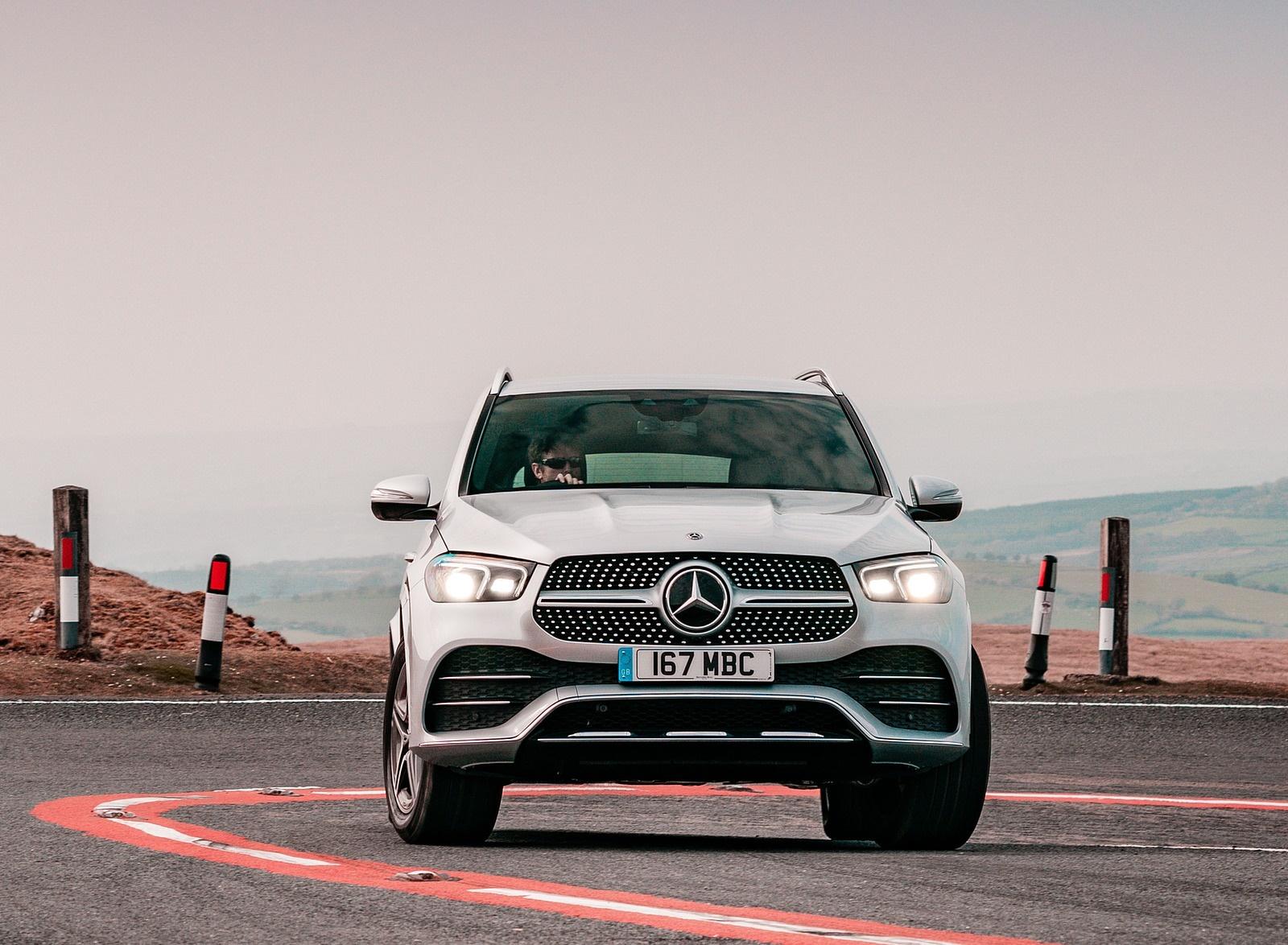 2020 Mercedes-Benz GLE 300d (UK-Spec) Front Wallpapers (7)