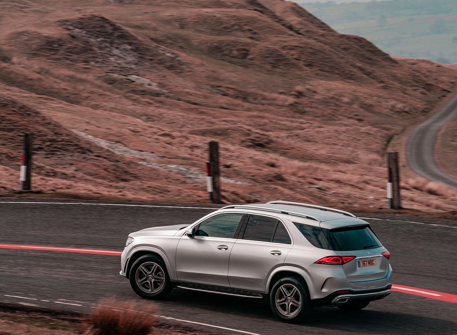 2020 Mercedes-Benz GLE 300d (UK-Spec) Rear Three-Quarter Wallpapers (9)