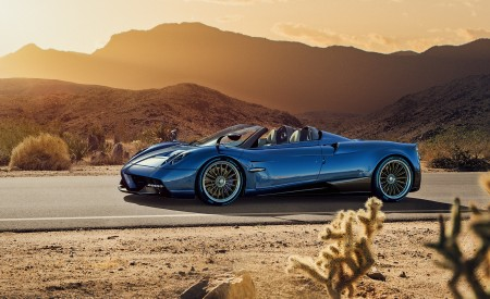 2018 Pagani Huayra Roadster Wallpapers HD