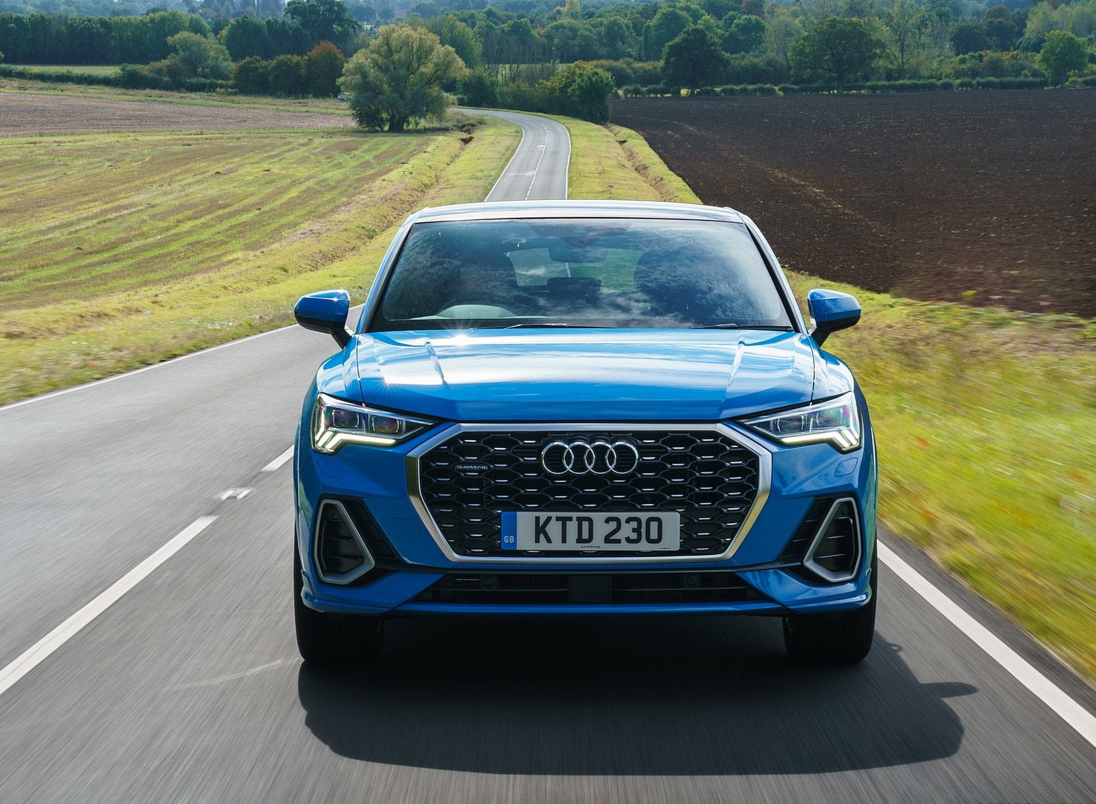 2020 Audi Q3 Sportback 45 TFSI quattro (UK-Spec) Front Wallpapers (8)