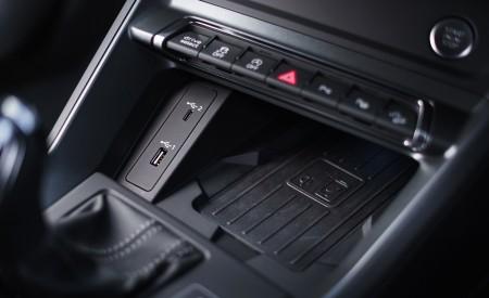 2020 Audi Q3 Sportback 45 TFSI quattro (UK-Spec) Interior Detail Wallpapers 450x275 (99)