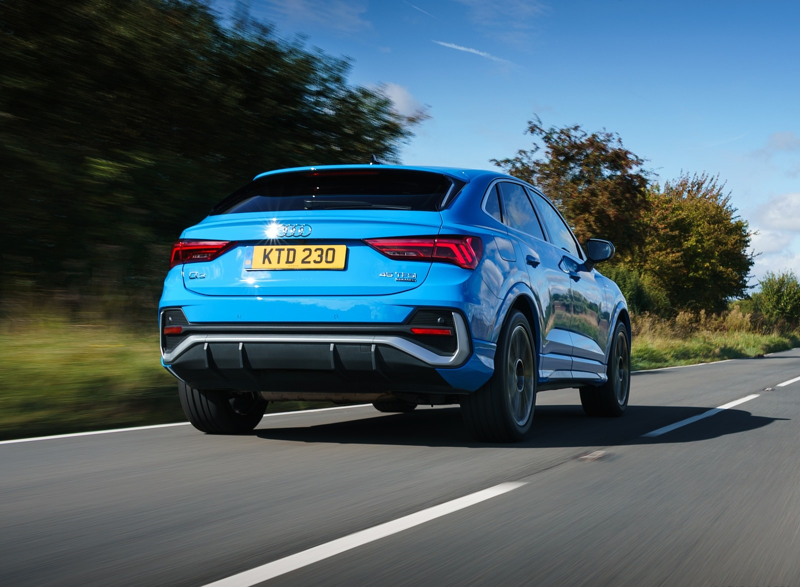 2020 Audi Q3 Sportback 45 TFSI quattro (UK-Spec) Rear Three-Quarter Wallpapers (10)
