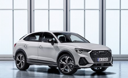 2020 Audi Q3 Sportback S line (Color: Dew Silver) Front Three-Quarter Wallpapers 450x275 (143)