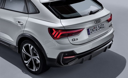 2020 Audi Q3 Sportback S line (Color: Dew Silver) Tail Light Wallpapers 450x275 (155)