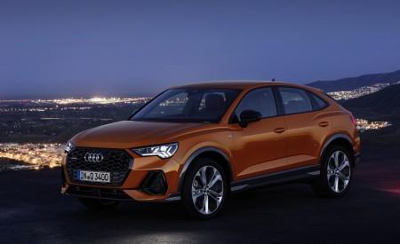 2020 Audi Q3 Sportback S line (Color: Pulse Orange) Front Three-Quarter Wallpapers 450x275 (118)
