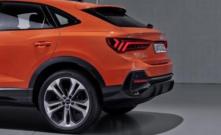 2020 Audi Q3 Sportback S line (Color: Pulse Orange) Tail Light Wallpapers 450x275 (125)