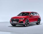 2020 Audi Q7 (Color: Matador Red) Front Three-Quarter Wallpapers 150x120 (10)