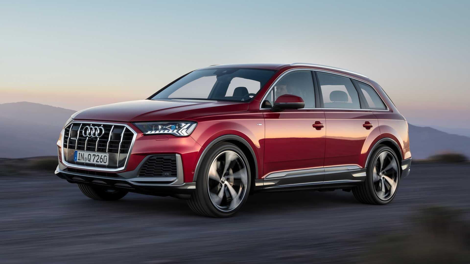2020 Audi Q7 (Color: Matador Red) Front Three-Quarter Wallpapers (4)