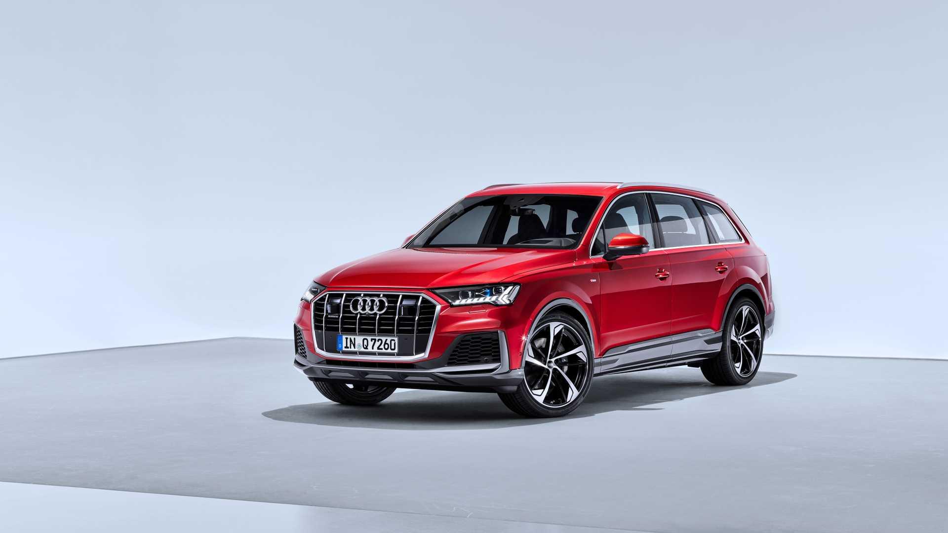 2020 Audi Q7 (Color: Matador Red) Front Three-Quarter Wallpapers (10)