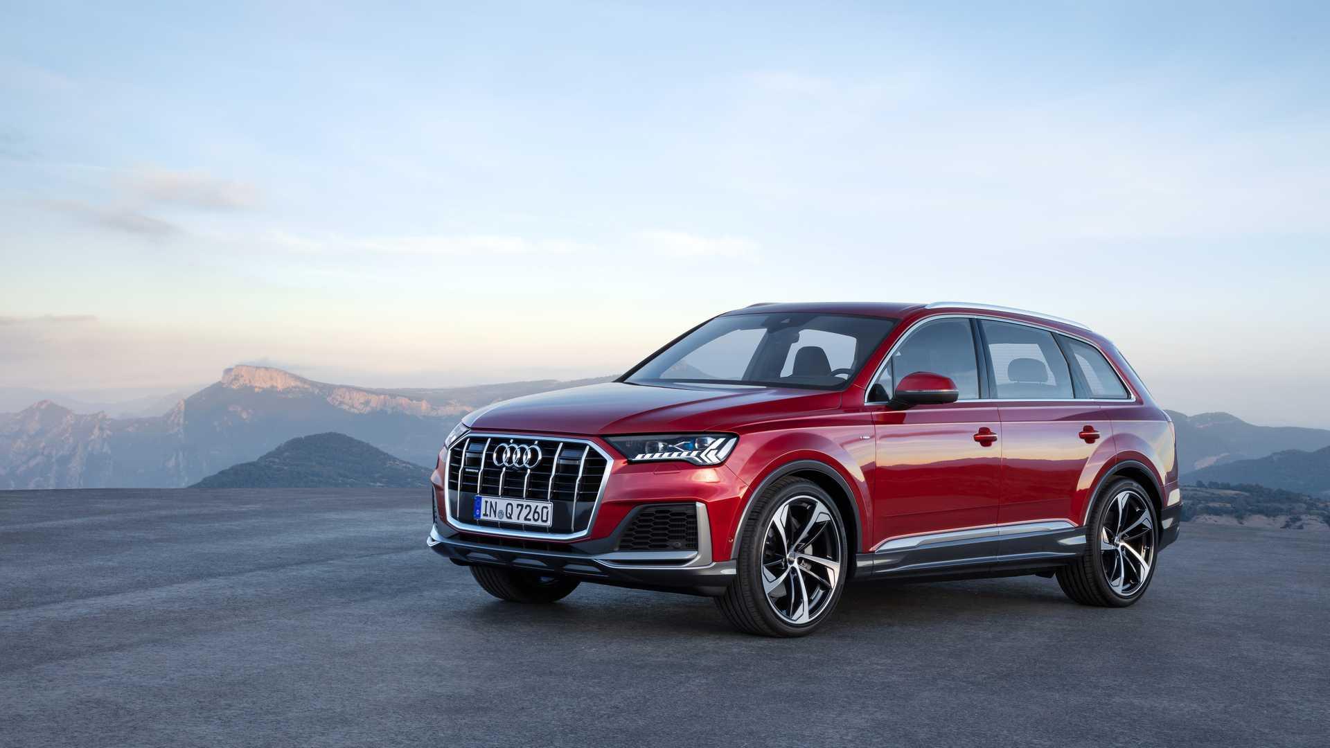 2020 Audi Q7 (Color: Matador Red) Front Three-Quarter Wallpapers (6)