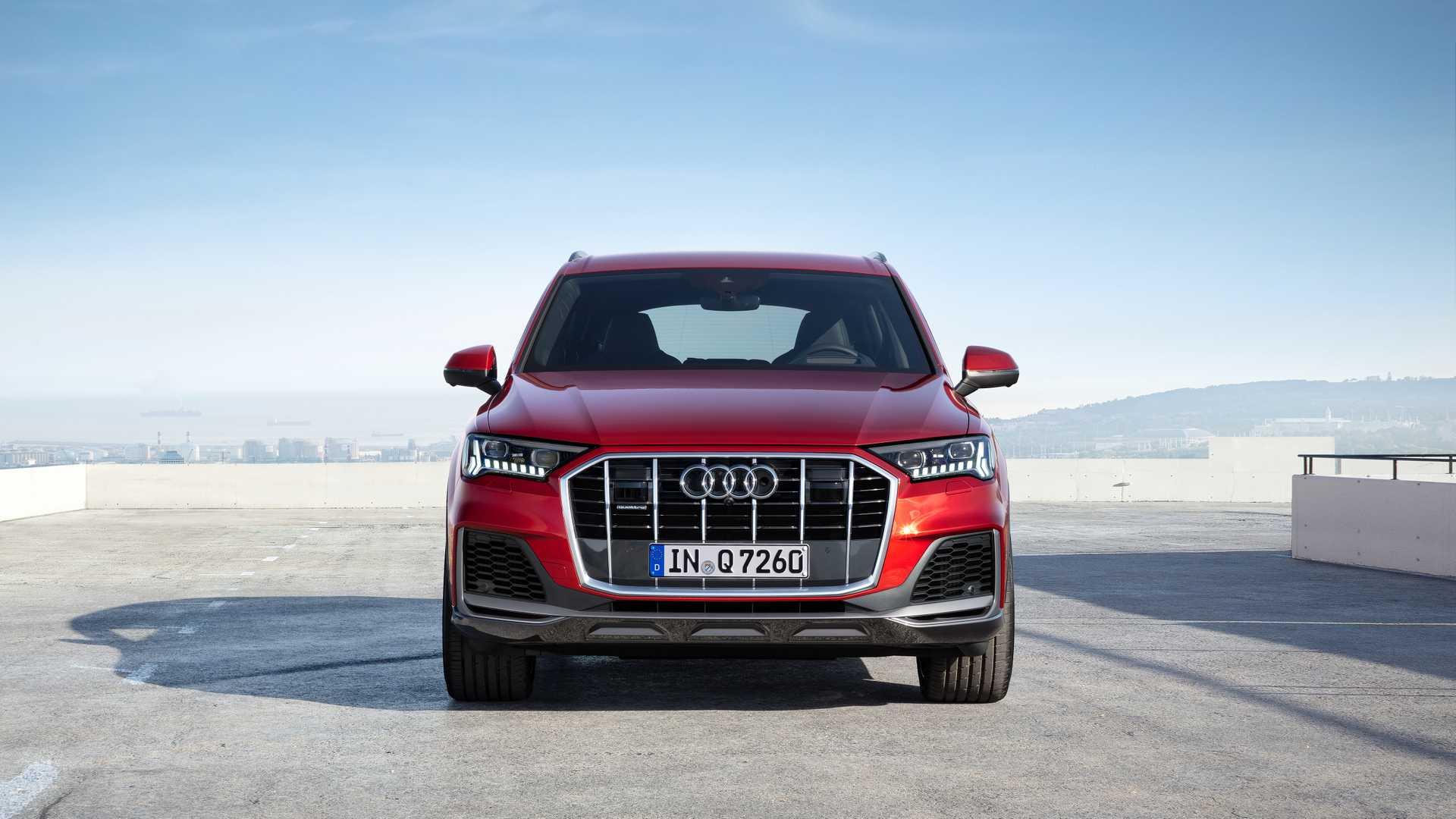 2020 Audi Q7 (Color: Matador Red) Front Wallpapers (11)