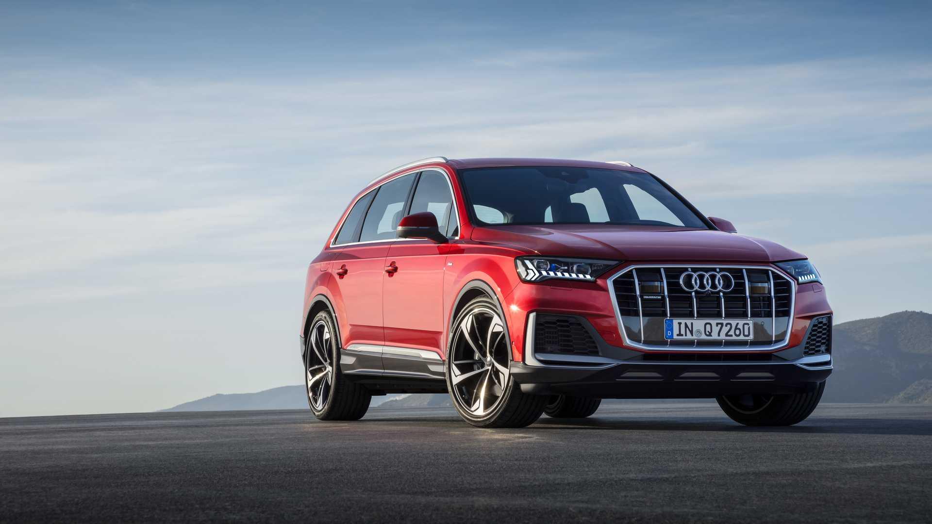 2020 Audi Q7 (Color: Matador Red) Front Wallpapers (8)