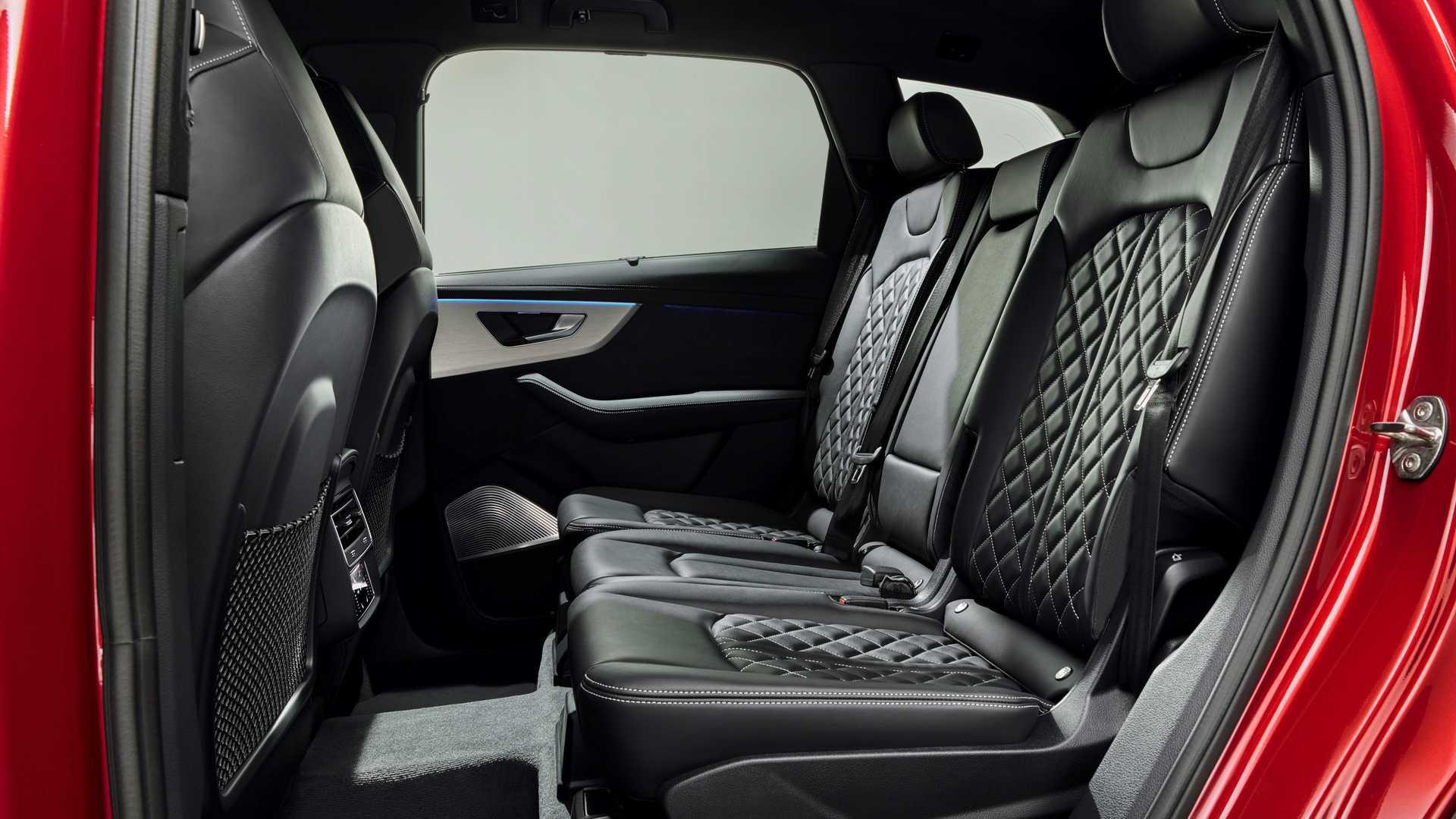 2020 Audi Q7 Interior Rear Seats Wallpapers (15)