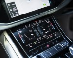 2020 Audi Q7 (UK-Spec) Central Console Wallpapers 150x120 (50)