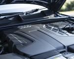 2020 Audi Q7 (UK-Spec) Engine Wallpapers 150x120 (43)