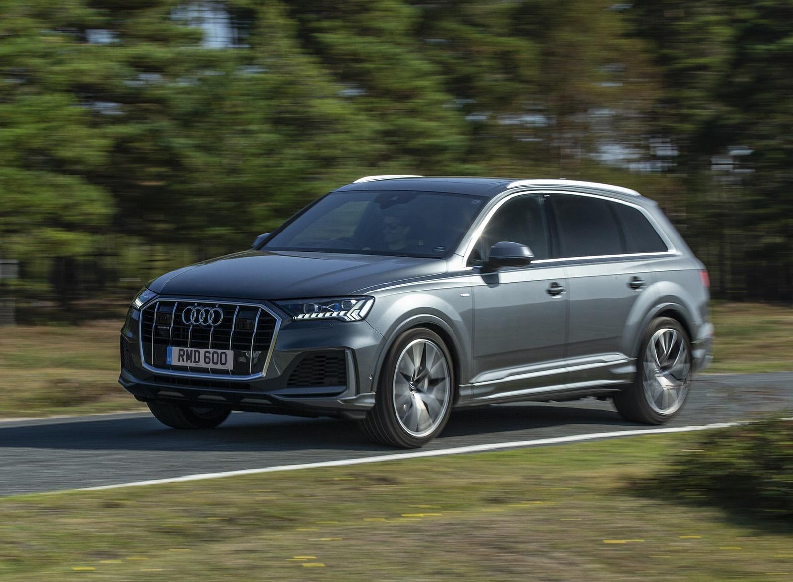 2020 Audi Q7 (UK-Spec) Front Three-Quarter Wallpapers (2)