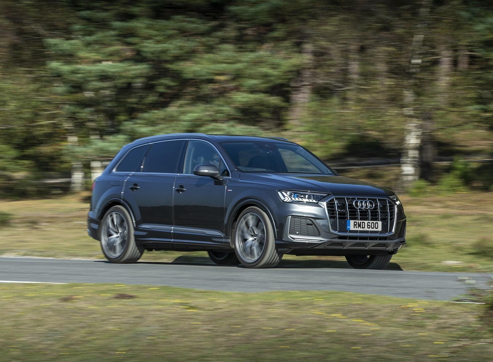 2020 Audi Q7 (UK-Spec) Front Three-Quarter Wallpapers (6)