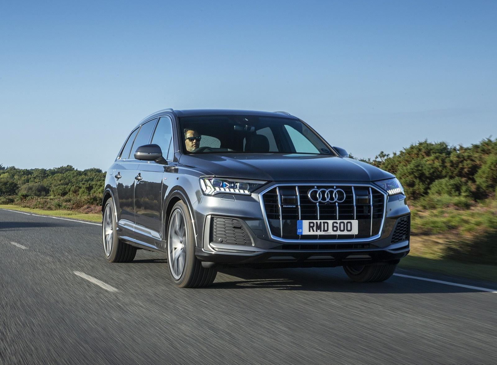2020 Audi Q7 (UK-Spec) Front Three-Quarter Wallpapers (7)
