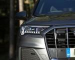 2020 Audi Q7 (UK-Spec) Headlight Wallpapers 150x120 (36)