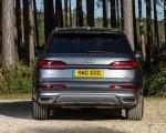 2020 Audi Q7 (UK-Spec) Rear Wallpapers 150x120 (30)